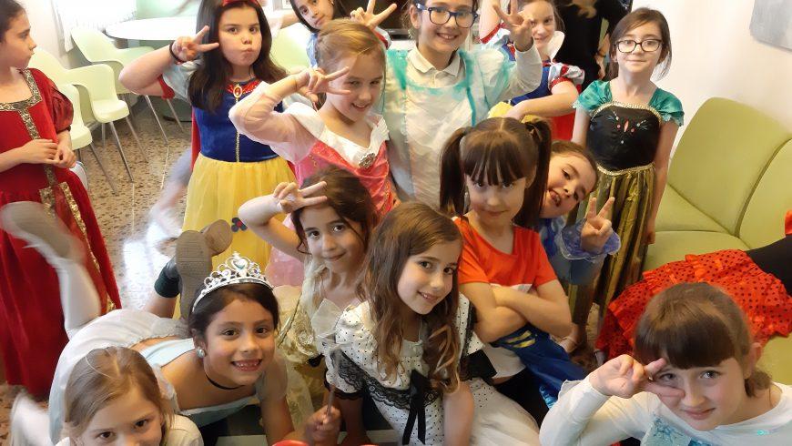 Les nenes de 2n de primària ja poden venir a Rumbau!